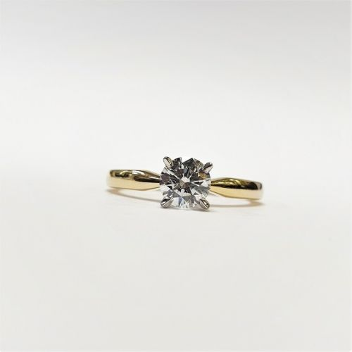 Cuttings Jewellers and Pawnbrokers, womens luxury gold engagement ring with large diamond stone