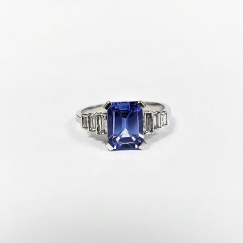Cuttings Jewellers and Pawnbrokers, womens luxury silver engagement ring with diamond rectangles and dark blue diamond rectangle centre