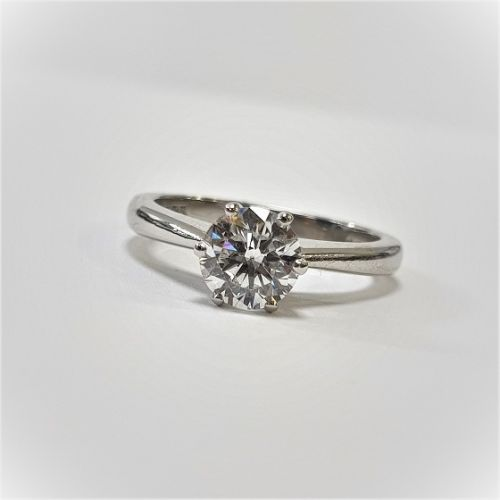 Cuttings Jewellers and Pawnbrokers, womens luxury silver engagement ring with diamond